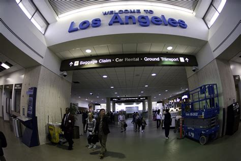 LAX Terminal 1   If the vertical and horizontal