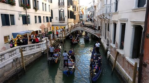 Venice farewell walking tour : Italy | Visions of Travel