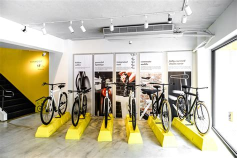» Vanmoof flagship store / research center by Ontology