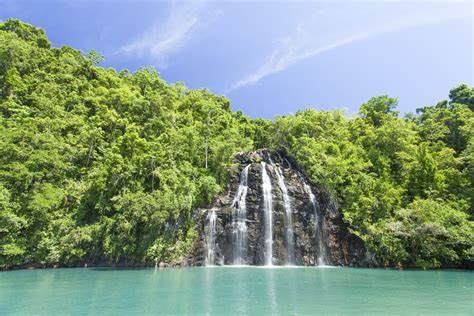 15 Best Places to Visit in Maluku (Indonesia) - The Crazy