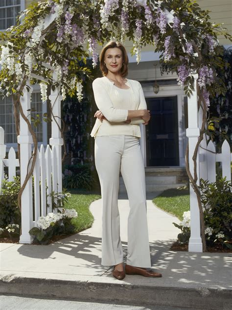 Desperate Housewives, Brenda Strong as Mary Alice Young