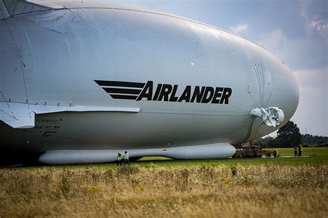 hybrid air vehicles airlander 10: largest aircraft has