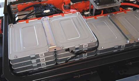 Nissan Testing New Battery Pack to Address Problems with