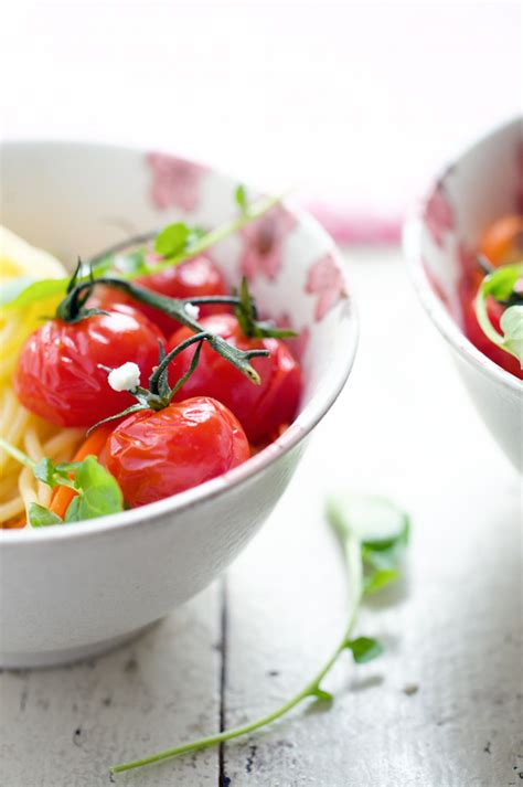 Spaghetti with roasted cherry tomatoes, lemon thyme and