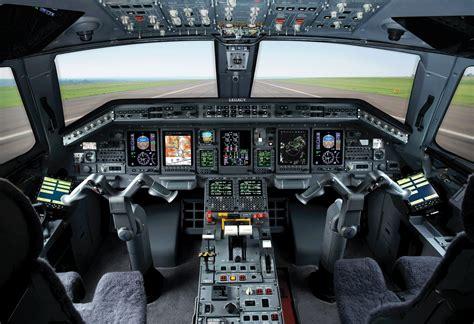 Embraer Shows Off Complete Jet Family With New Legacys