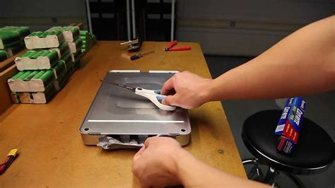 Leaf Battery Disassembly Part 1 - YouTube