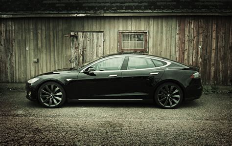 Capsule Review: 2013 Tesla Model S P85 Performance - The