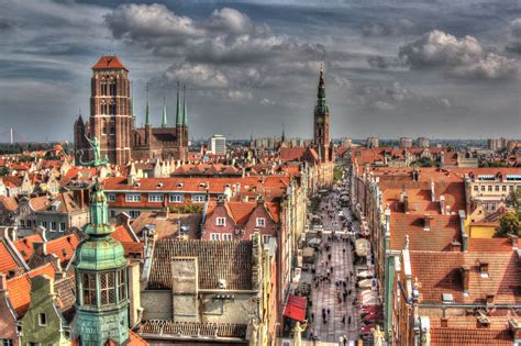 GDANSK, A GOTHIC PORT WITH AN AWESOME NIGHTLIFE (GDANSK